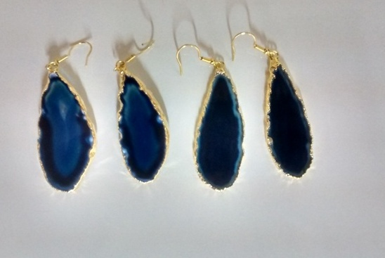 Stones from Uruguay - Dark Blue Agate Slice Pairs with Gold Plating