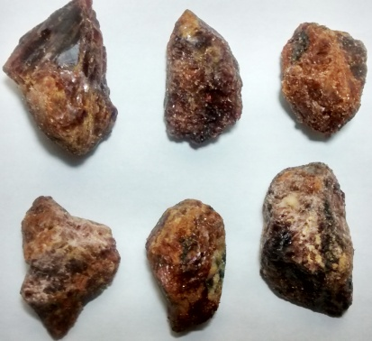 Stones from Uruguay - Rough Garnet for Pendant