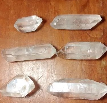 Stones from Uruguay - Uncut Quartz Crystal Bi-terminated Points for Pendants