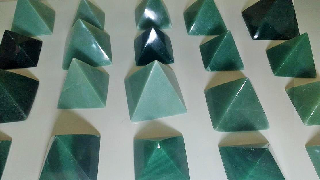 Stones from Uruguay - Green Aventurine Pyramid for Home and Decor