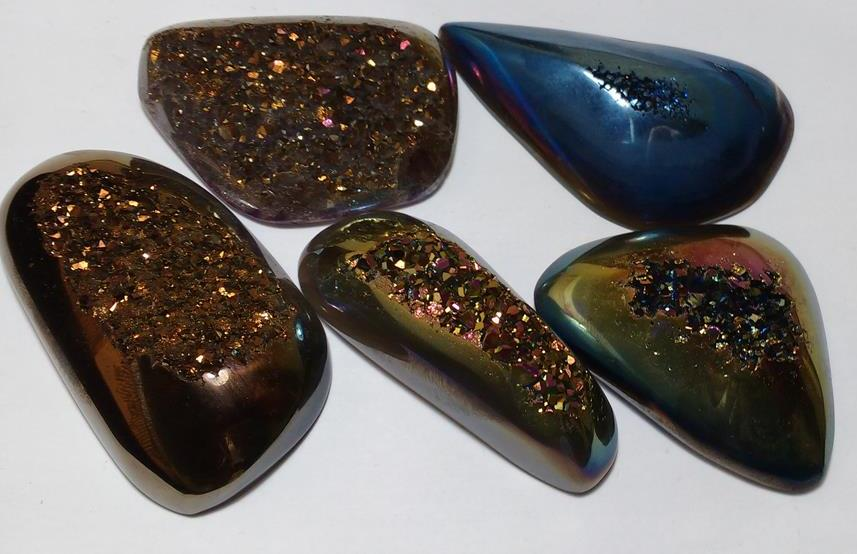 Stones from Uruguay - Titanium Aura Druzy Free Form for Making of Jewelries