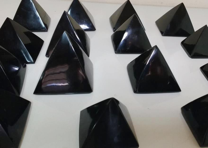 Stones from Uruguay - Black Obsidian Pyramid for Home and Gift