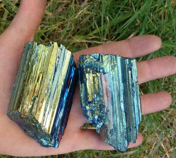 Stones from Uruguay - Aquarelle Titanium Aura Black Tourmaline for Decoration