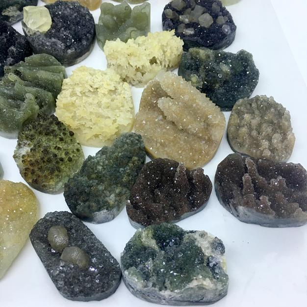 Stones from Uruguay - Druzy Free From Formation  for Jewelry Making, Mixed Colors