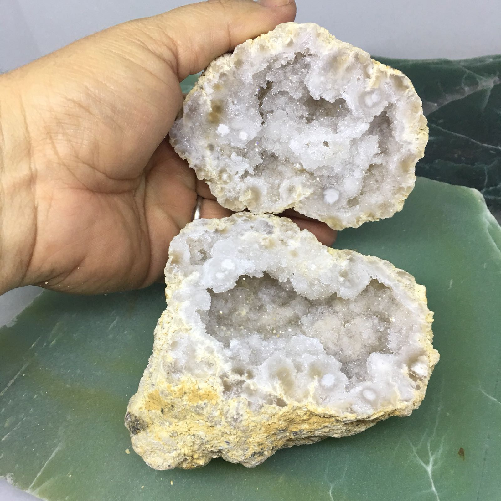 Stones from Uruguay - Natural Moroccan Calcite Geode Jewelry Box