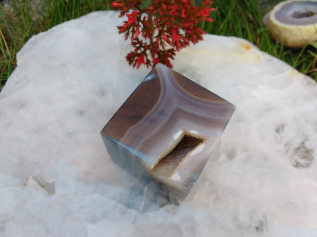 Stones from Uruguay - Natural Agate Geode Druzy Cube  for Crafting, Meditation, Spiritual Work (40-50mm)