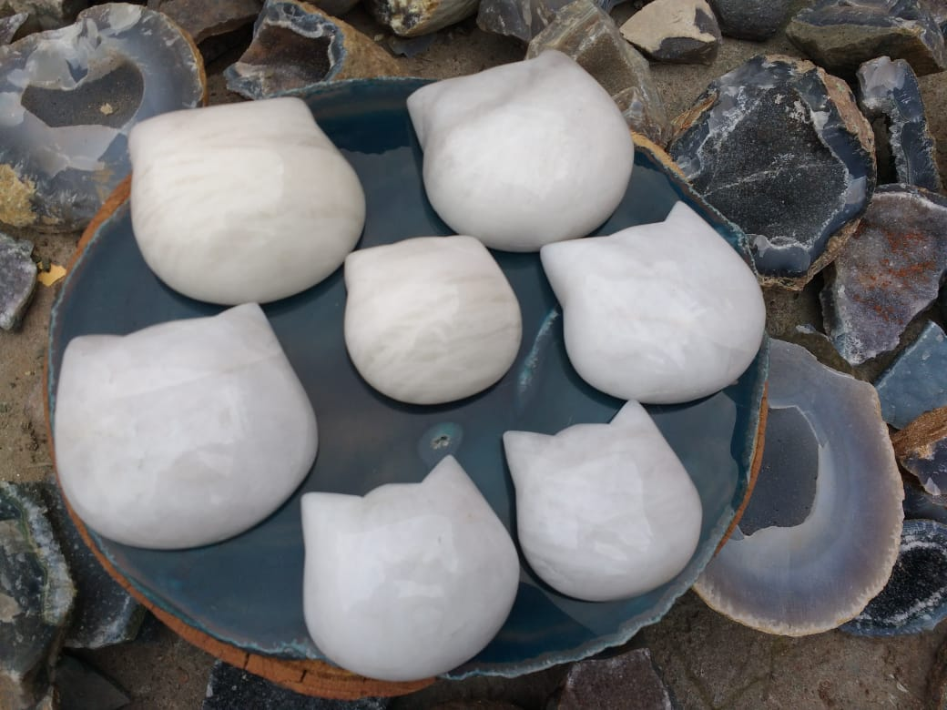 Stones from Uruguay - White Dolomite Cat Head Cabochons for Enhance Mental Function and Concentration