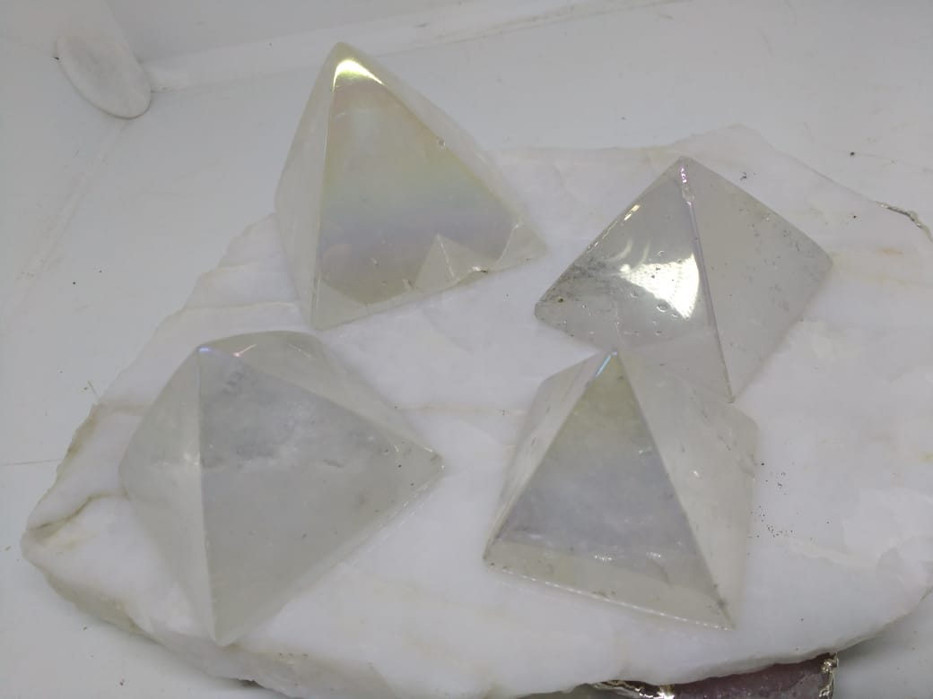 Stones from Uruguay - Angel Flame Aura Clear Quartz Pyramids - Angel  Royal Aura Clear Quartz Pyramids -  Titanium Aura Coated Clear Quartz Pyramids - Angel Aura Titanium Treated Clear Quartz Pyramids