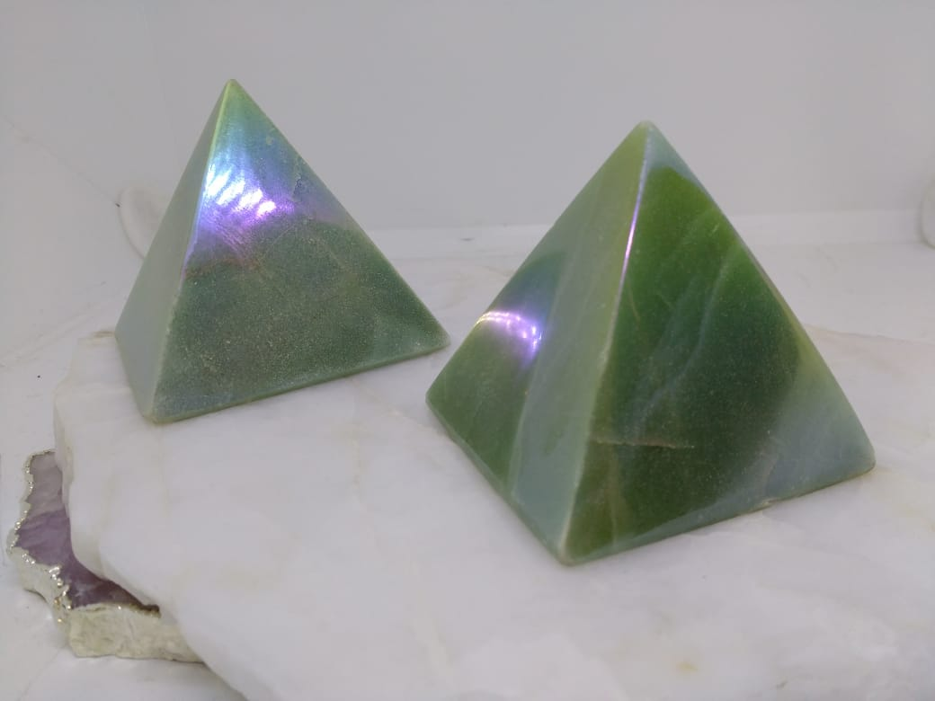 Stones from Uruguay - Angel Flame Aura Green Aventurine Pyramids - Angel Royal Aura Green Quartz Pyramids - Titanium Aura Coated Green Aventurine Pyramids - Angel Aura Titanium Treated Green Quartz Pyramids