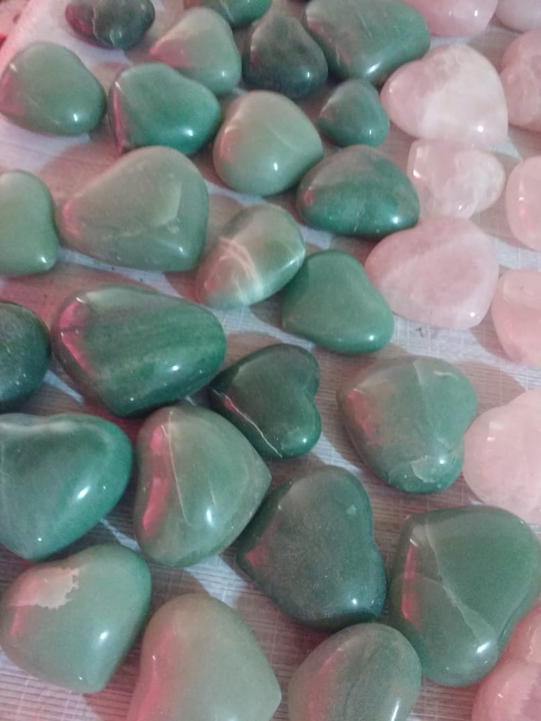 Stones from Uruguay - Green Aventine Hearts - Green Quartz Hearts for Home,Decoration and Gift