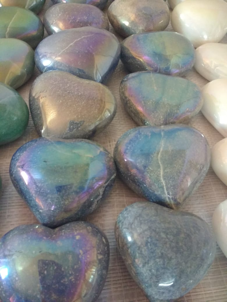 Stones from Uruguay - Angel Aura Titanium Coated Blue Quartz Hearts