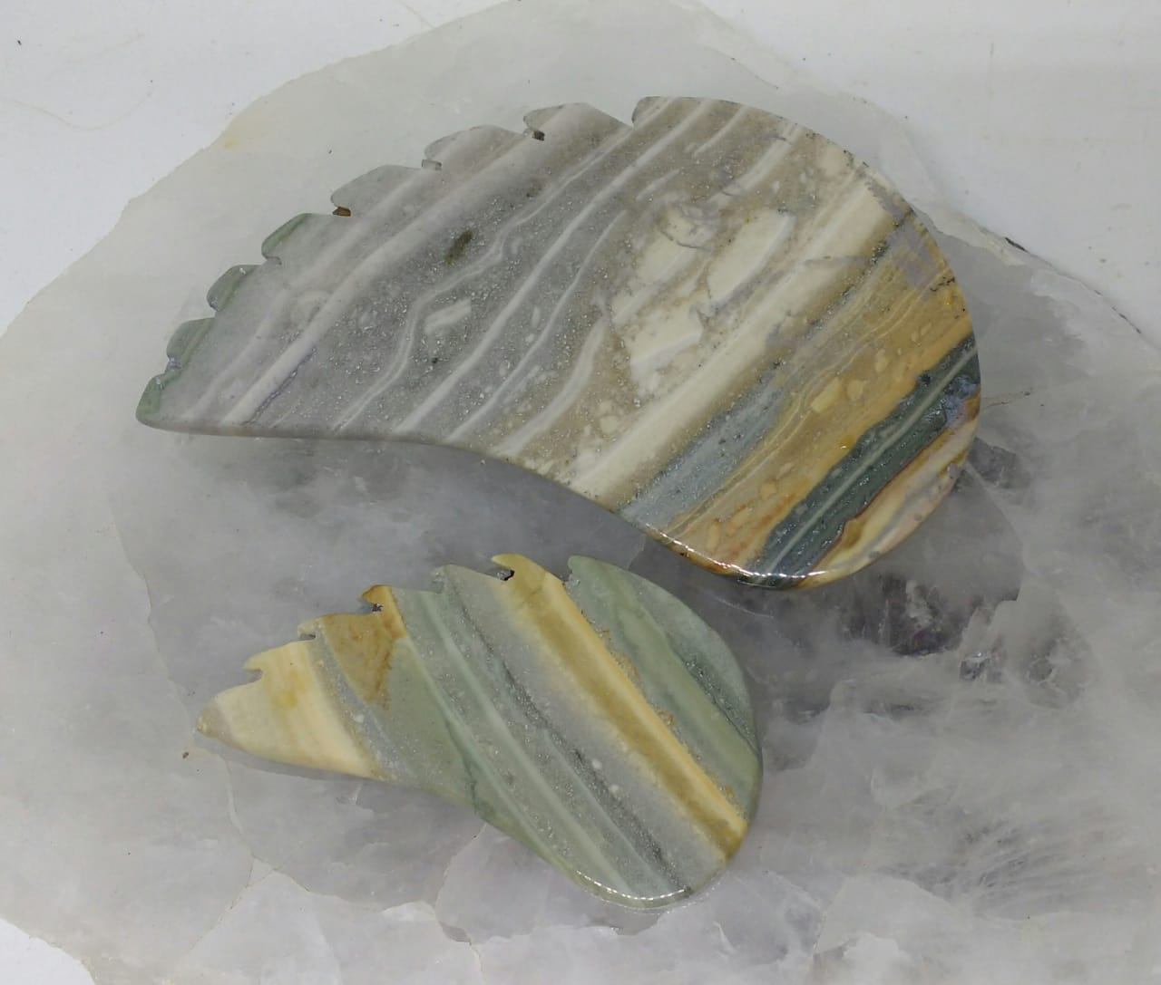 Stones from Uruguay - Pampa Cream Jasper Wing for Home and Decoration
