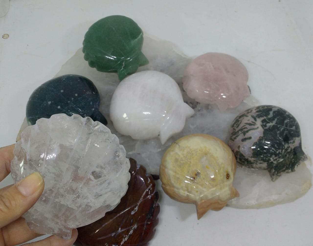 Stones from Uruguay - Quartz Gemstone Shell Shapes