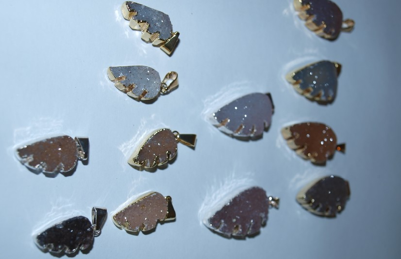 Stones from Uruguay -  Agate Druzy Wing Charms