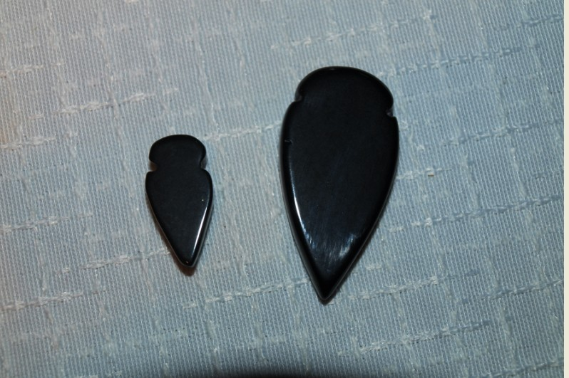 Stones from Uruguay - Black Obsidian Arrowhead
