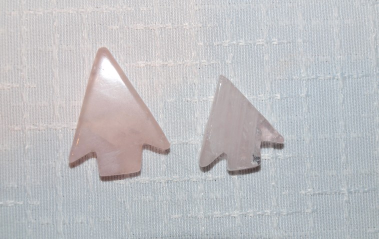 Stones from Uruguay - Pink Quartz Arrowhead