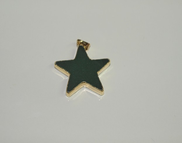 Stones from Uruguay - Green Aventurine Star Pendant with Gold Electroplating