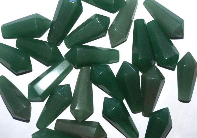 Stones from Uruguay - Green Aventurine Pendulum with 6 facets