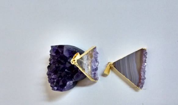 Stones from Uruguay - Amethyst Triangular Slice Pendants with Gold Plating(30mm)