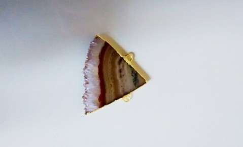 Stones from Uruguay - Amethyst Triangular Slice Connector with Gold Plating (30mm)
