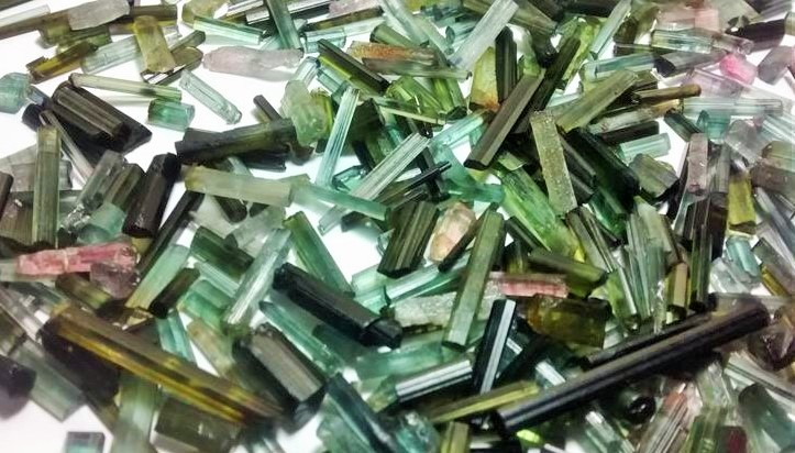 Stones from Uruguay - Thin Tourmaline for Pendants