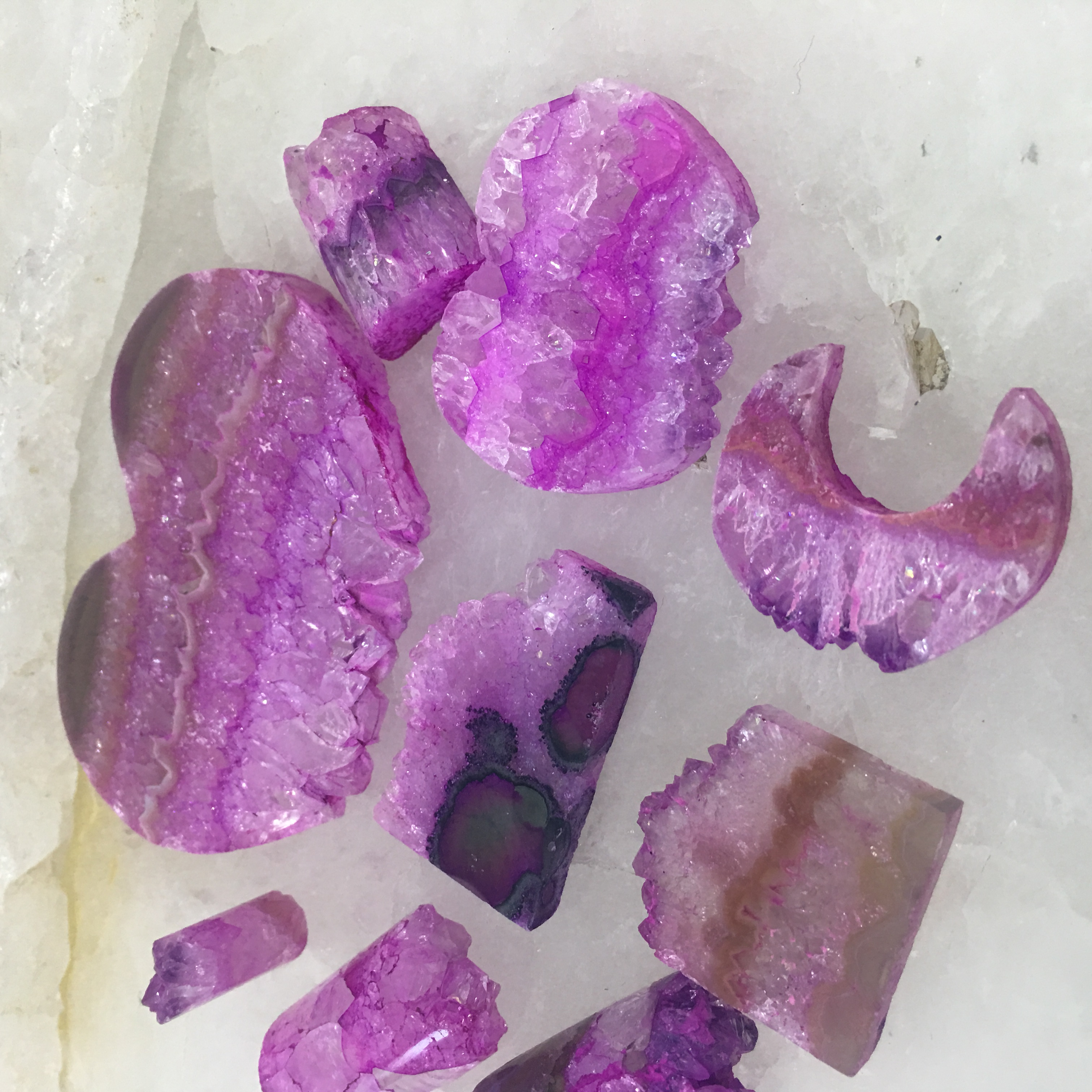 Stones from Uruguay - Pink Dyed Amethyst Druzy Slices for  Jewelry Making