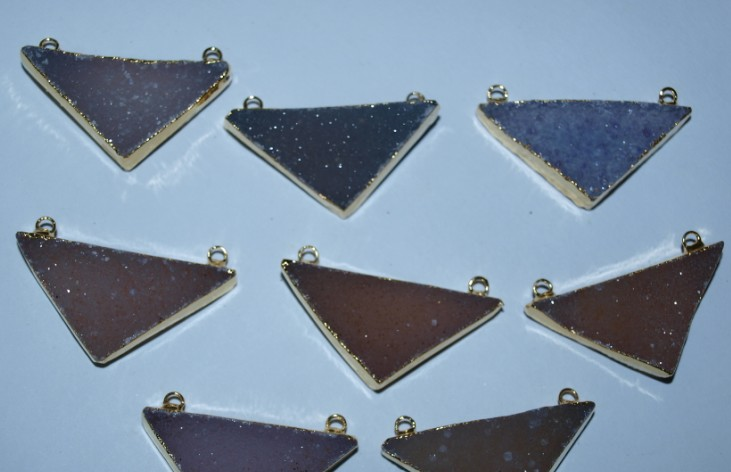 Stones from Uruguay - Druzy Isosceles Triangle Connectors
