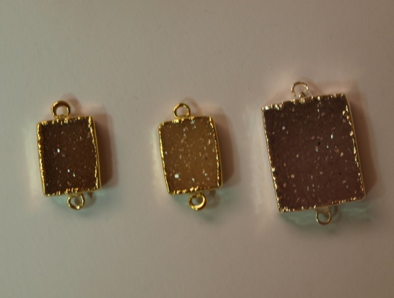 Stones from Uruguay - Druzy Rectangle Connector