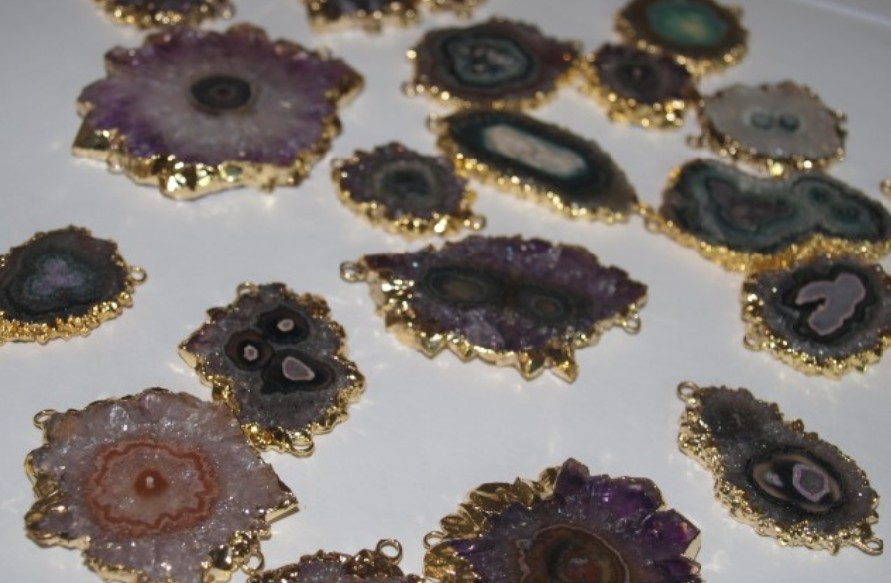 Stones from Uruguay - Amethyst Stalactite Slice Connector