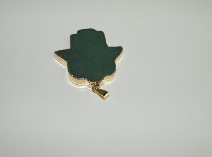 Stones from Uruguay - Green Aventurine Hamsa Pendant with Gold Electroplating