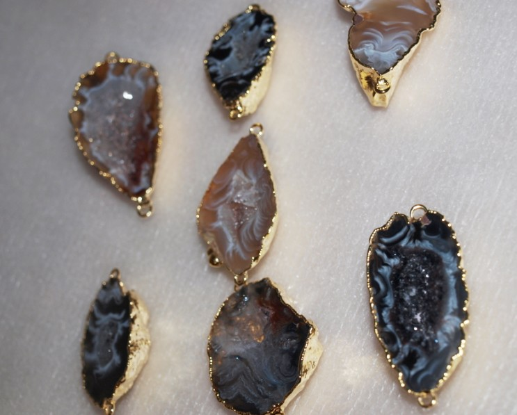 Stones from Uruguay - Agate Geode Druzy Connectors