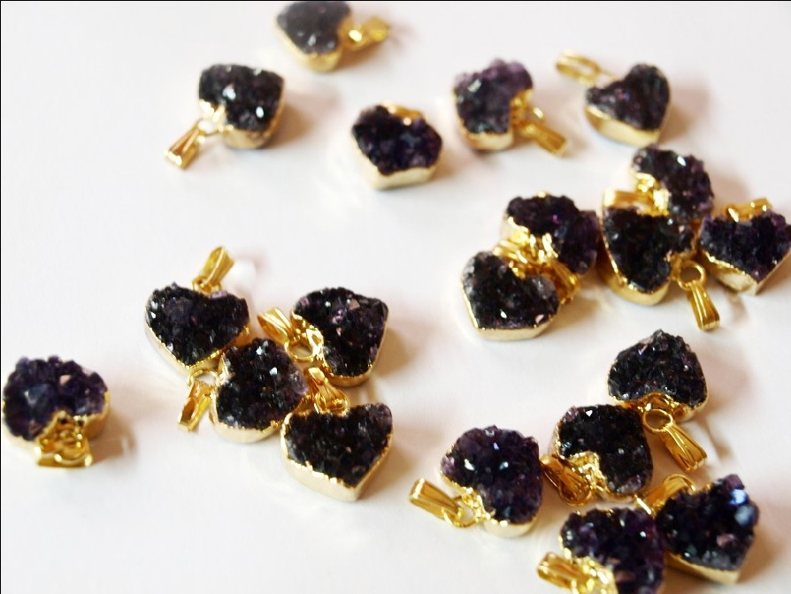 Stones from Uruguay - Amethyst Druzy Heart Pendants with Gold Plating (15mm)