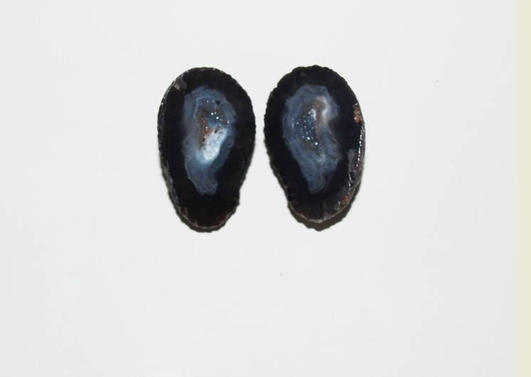 Stones from Uruguay - Agate Geode Druzy Pair