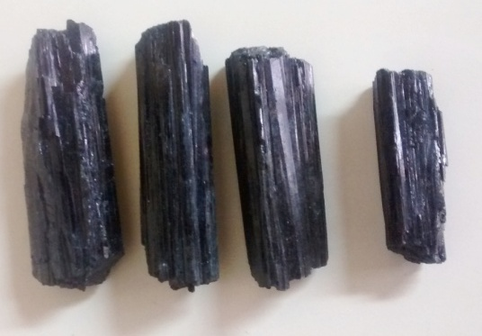 Stones from Uruguay - BLACK  TOURMALINE FOR JEWELRIES
